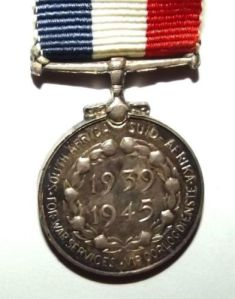 WW2 South African 1939-1945 Home Service Silver Miniature Medal 1
