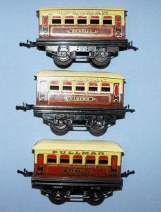 Hornby O Gauge Meccano Tinplate Pullman Passenger Coaches