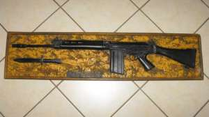 1984 South African Police Maleoskop Training Centre R1 Rifle Resin Wood Plaque