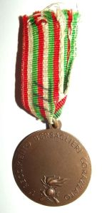 WW2 Italian 1 Armored Riflemen Regiment Medal 2