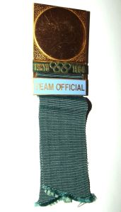 1964 Tokyo Olympic Games Team Official Lapel Pin Medal
