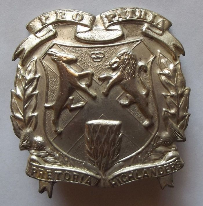 1946 - 1948 South African Pretoria Highlanders Metal Tam-o-Shanter Badge