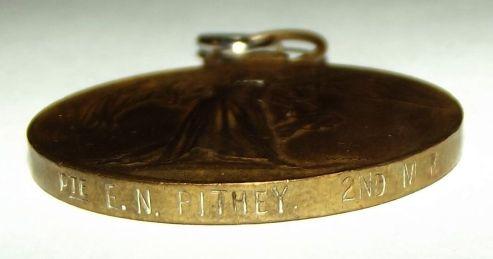 s-l1600.jpgWW1 South African Bilingual Dutch Victory Medal 3
